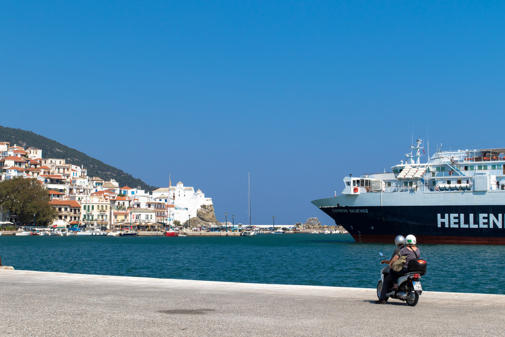 Skopelos - waiting for the ferry by peadar