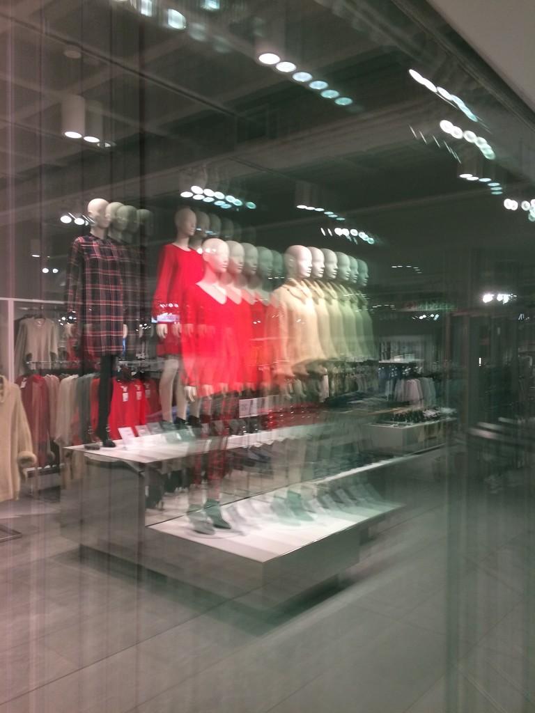Frenetic shopping by lmsa