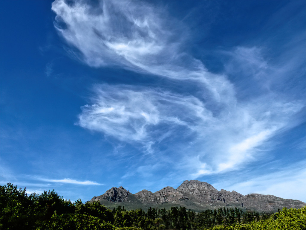 Clouds over the Helderberg by ludwigsdiana