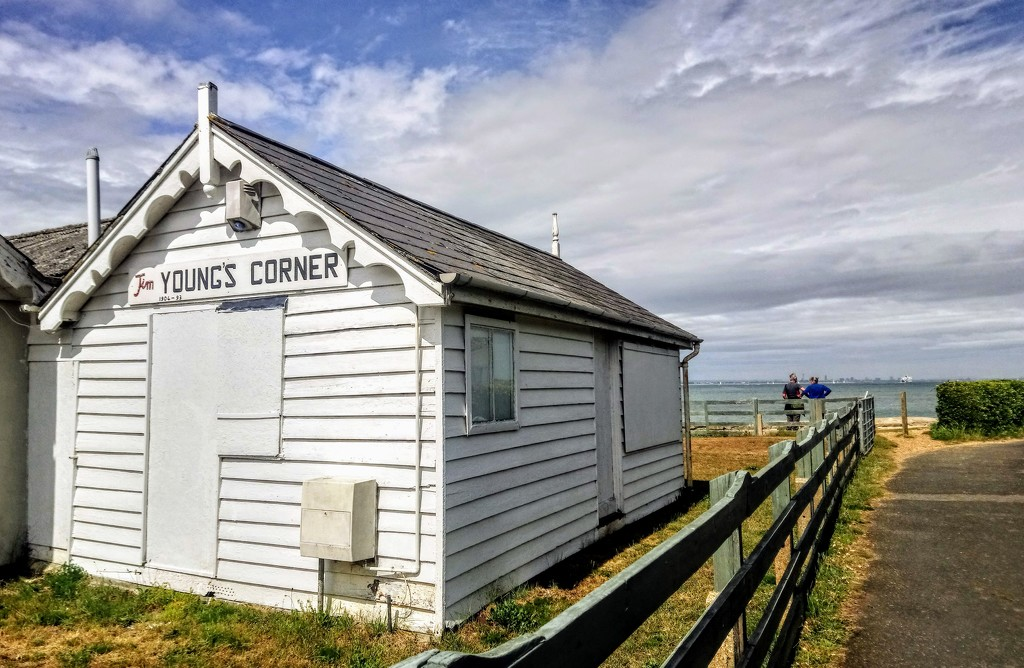 Jim Young's Corner, Fishbourne by boxplayer