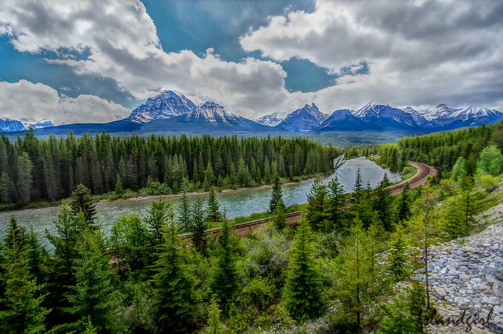 Morant's Curve, Alberta Canada by radiogirl