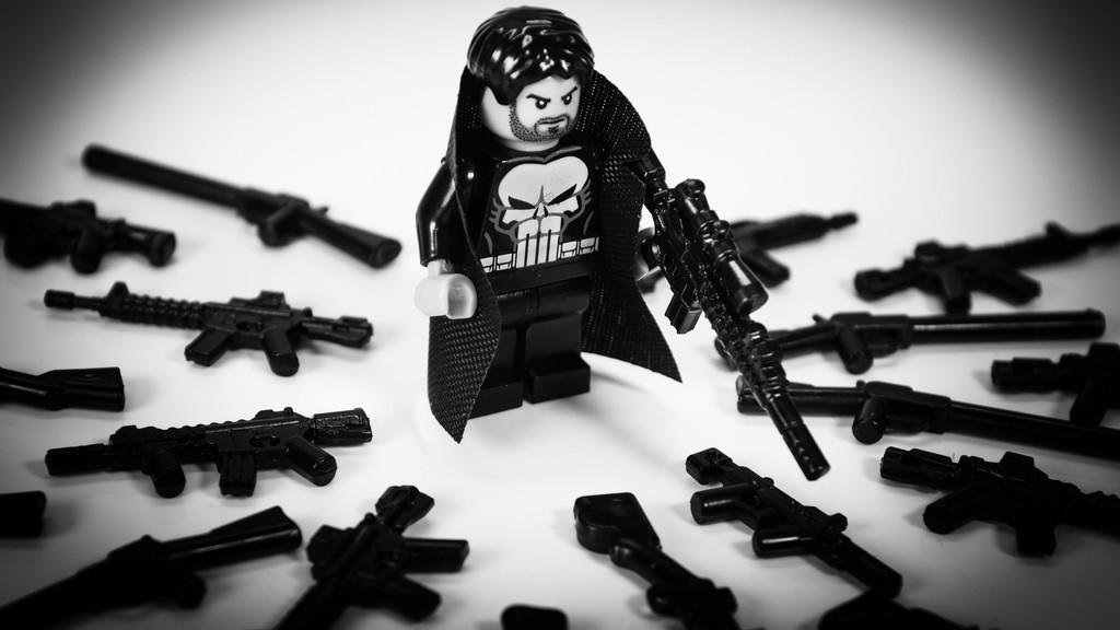 Skull-themed Vigilante!  by batfish