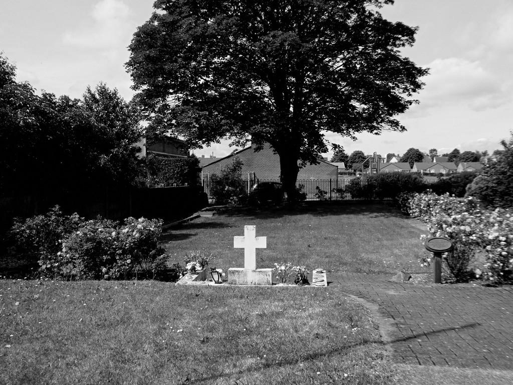 All Saints, Clipstone Garden of Rest by allsop