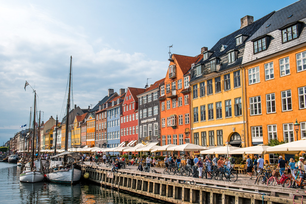 PostCard Perfect Nyhavn by kwind