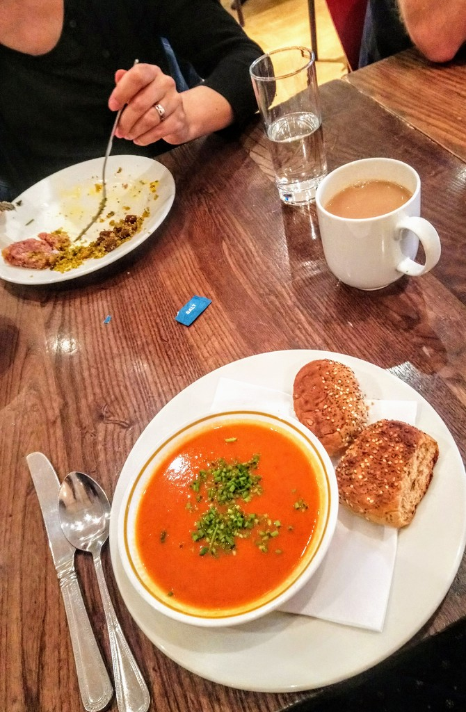 Tomato and coconut soup by boxplayer