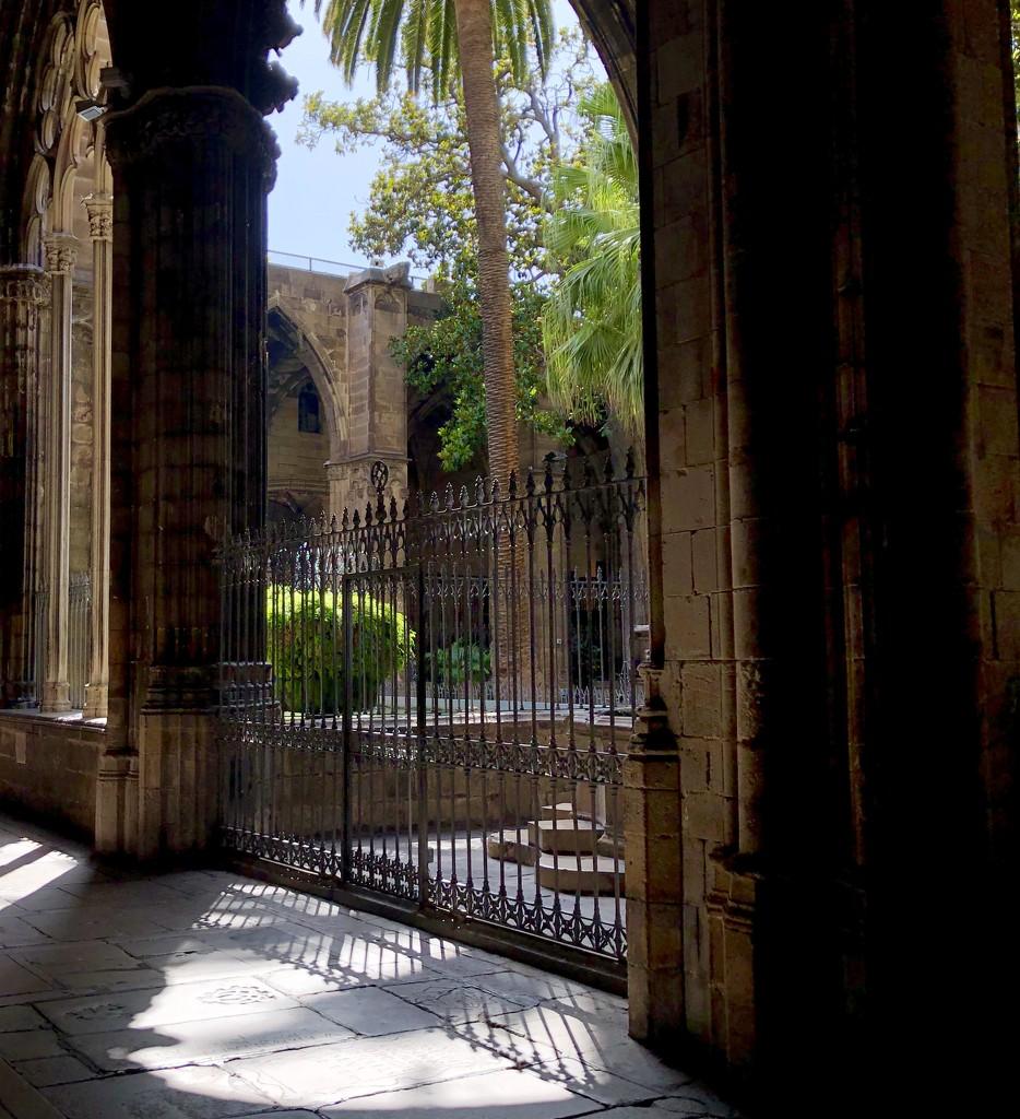 Barcelona Cathedral  by loweygrace