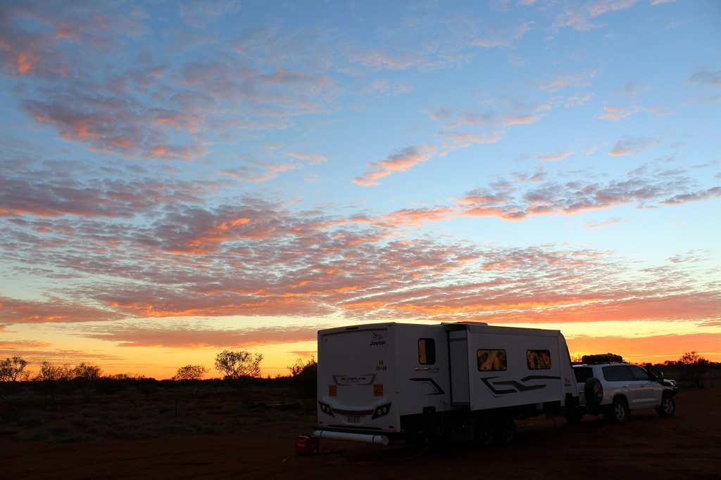 Pilbara Sunrise by leestevo