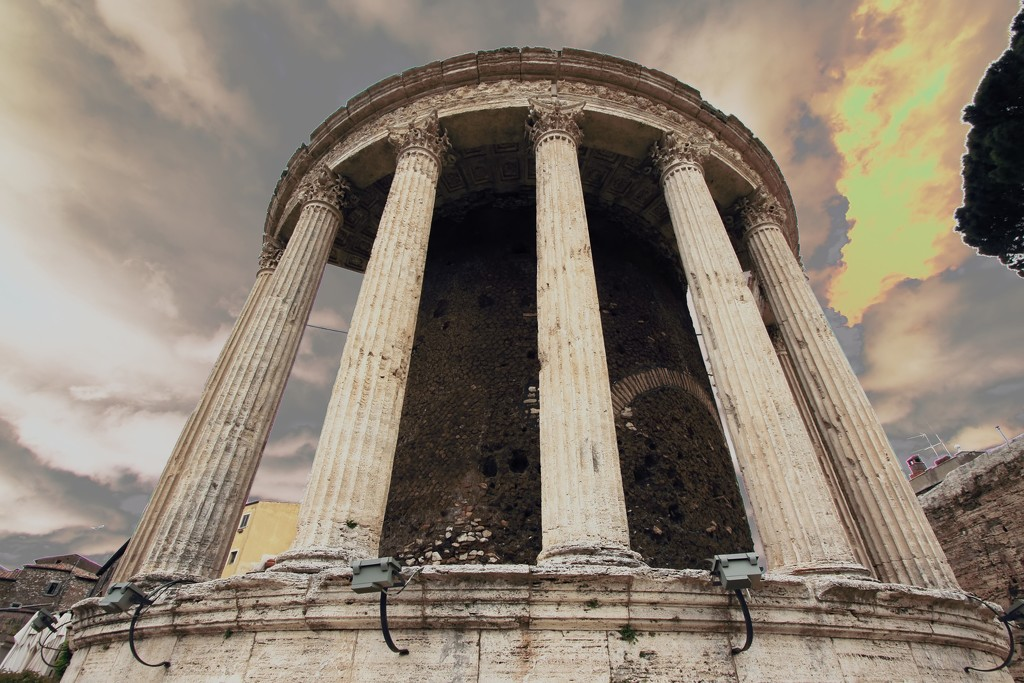 Temple of Vesta by blueberry1222