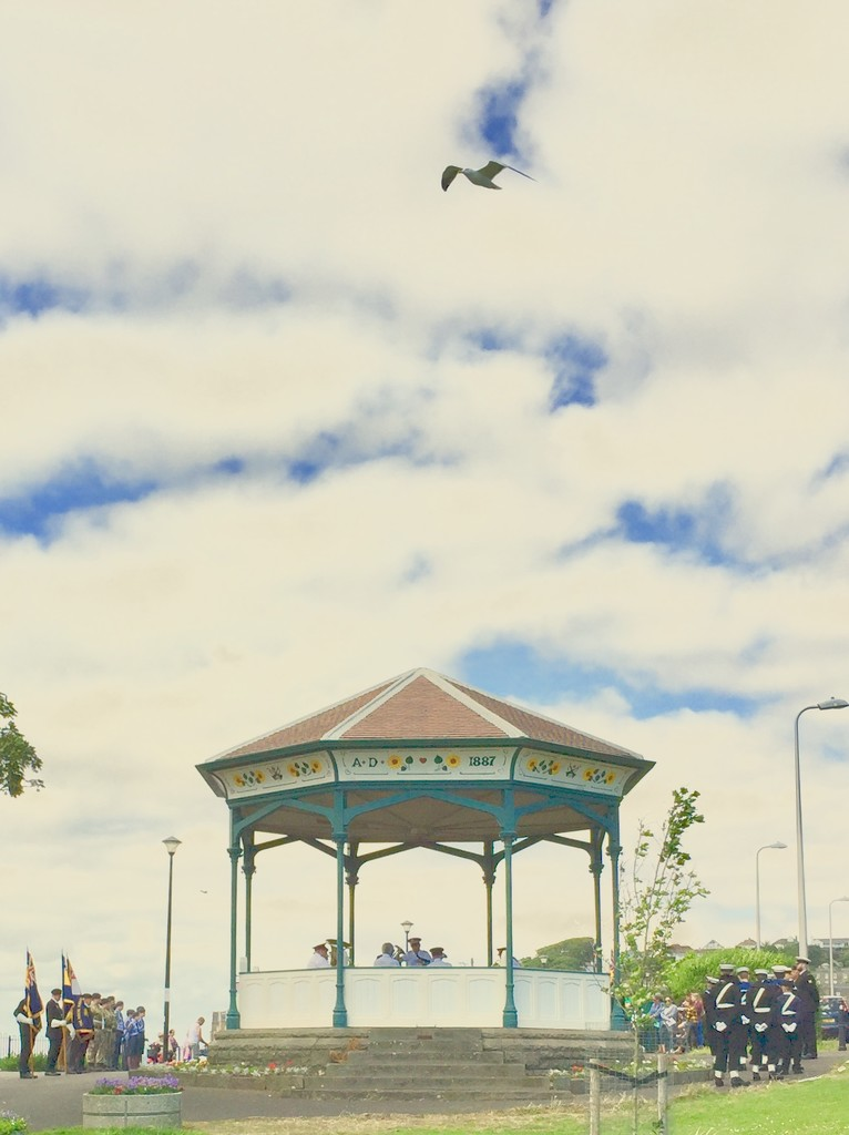 Clevedon bandstand by lilaclisa