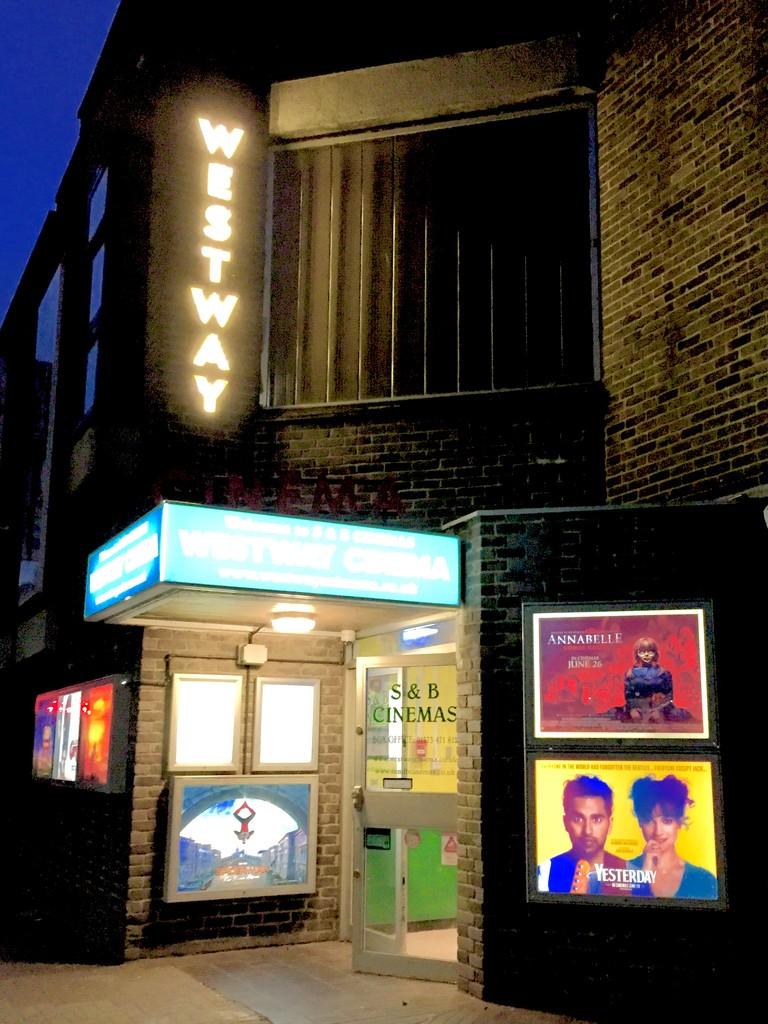 Night at the cinema  by lilaclisa