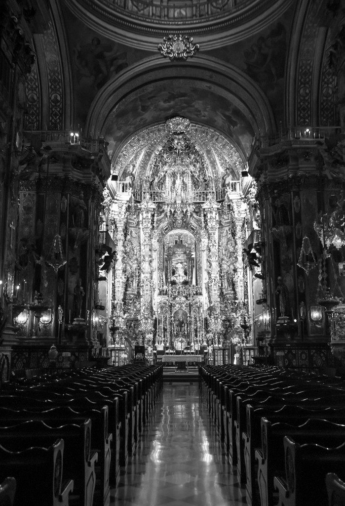 Basilica San Juan de Dois by brigette