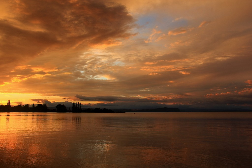Sunset at Lake Taupo by pictureme