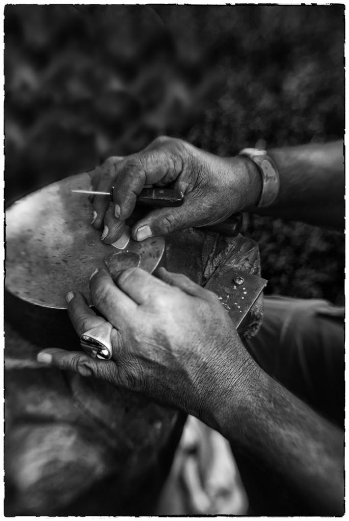 Creative Hands by joysabin