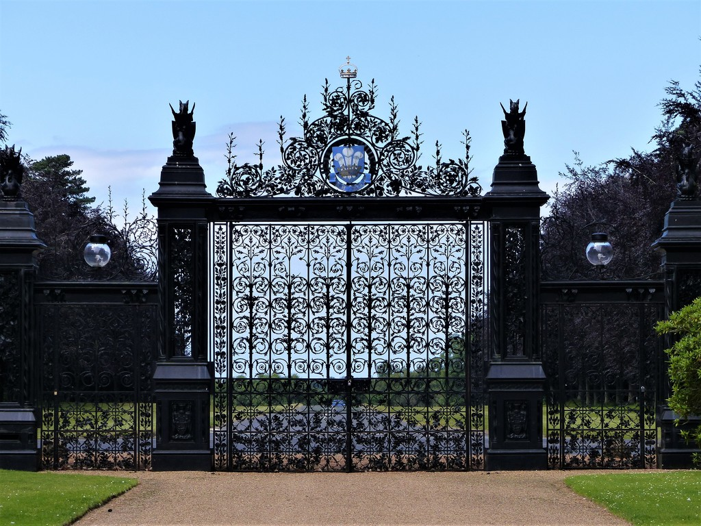 Rather Grand Gates at Sandringham by susiemc
