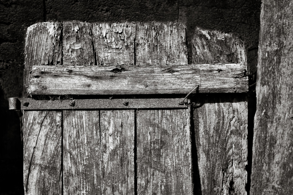 Old 18C Door... by vignouse