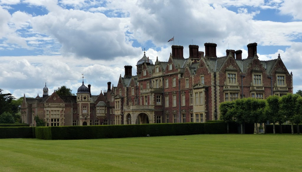 Sandringham House from the Front by susiemc