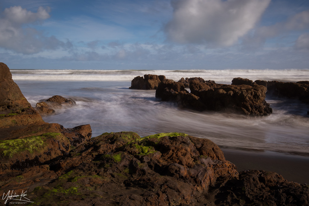 The Tide Rushes In by yorkshirekiwi