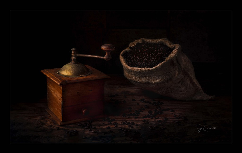 Coffee maker by jolglenister