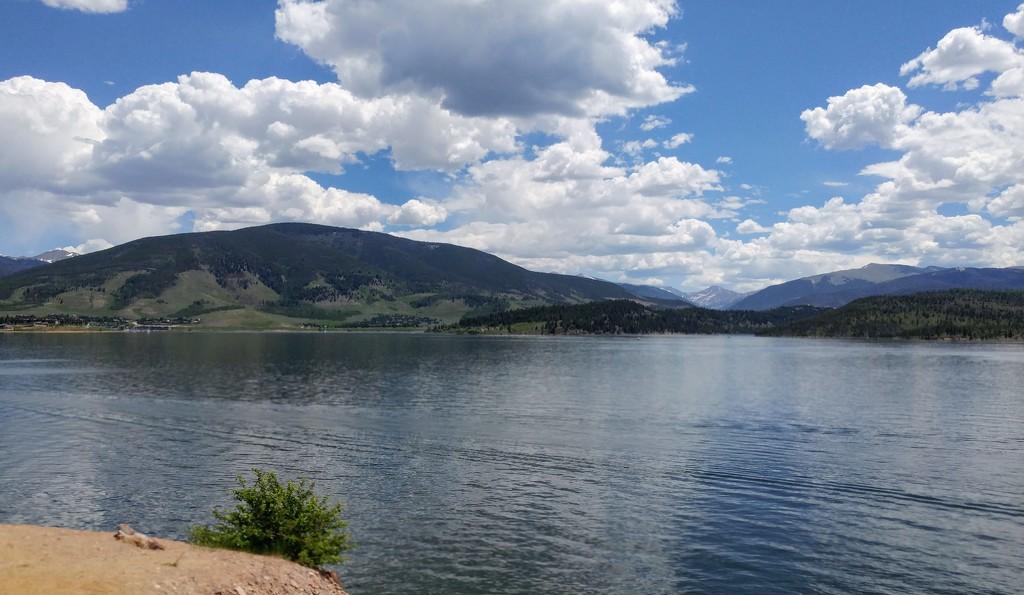 Lake Dillon by harbie