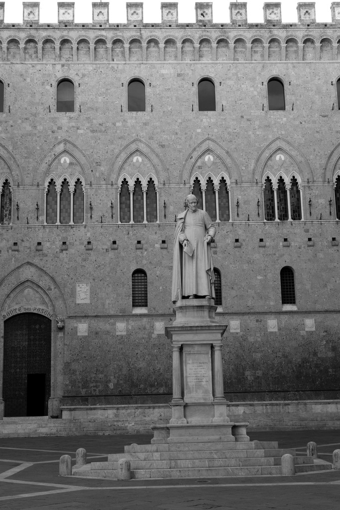 The Statue of Sallustio Bandini at the bank of Monte Paschi di Siena by angelikavr