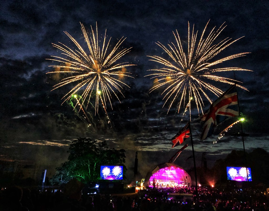 Finale Fireworks by suesmith
