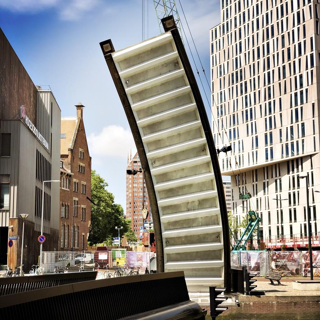Bend bridge by mastermek