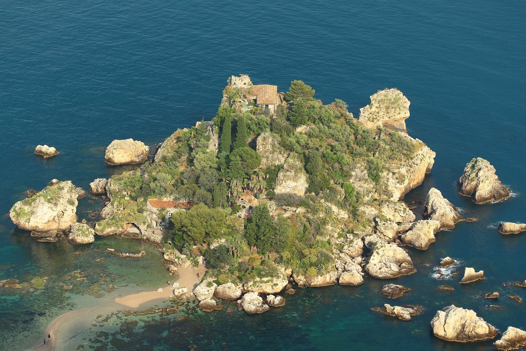 isola bella by blueberry1222