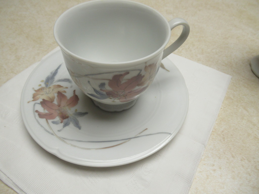 Come to tea by bruni