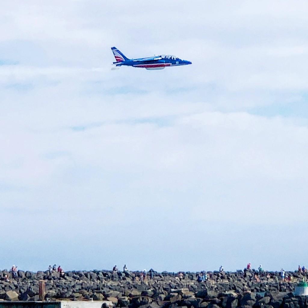 Alphajet flying low.  by cocobella