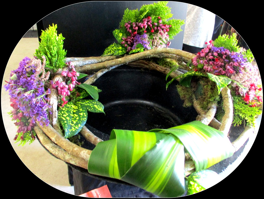 A wreath in the flower competition by 777margo