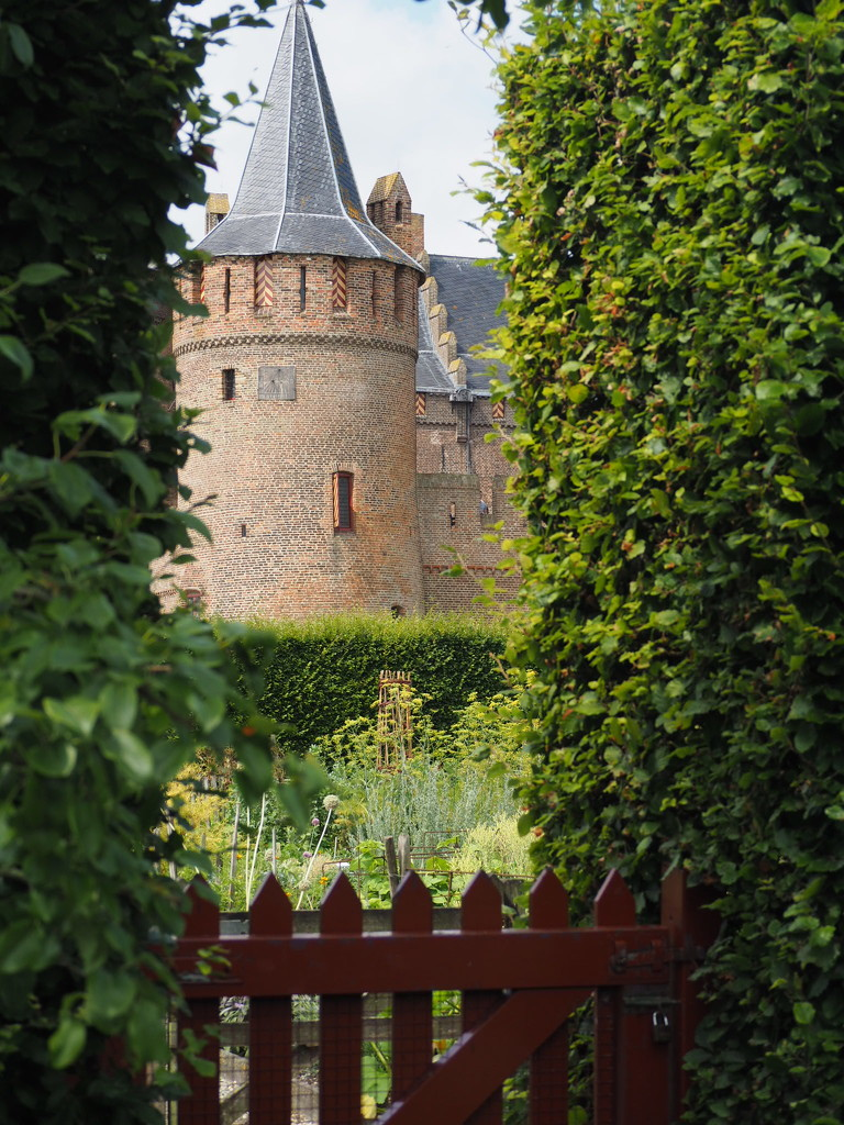 Muiden castle or Muiderslot by jacqbb