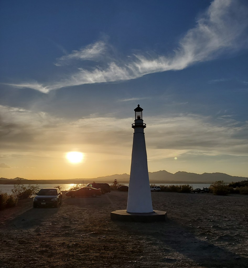 Lake Havasu sunset  by carrieoakey