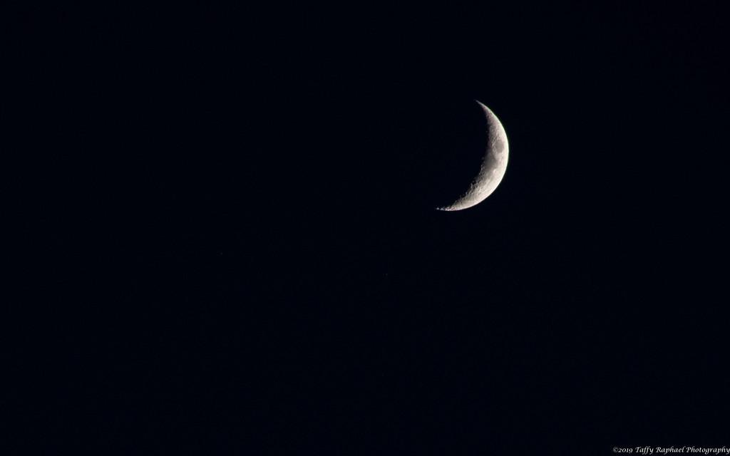 Moonrise follows Sunset by taffy