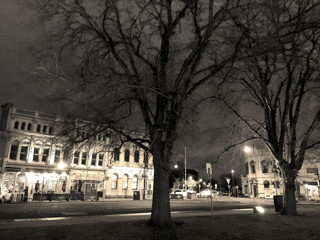 Williamstown by night by pictureme