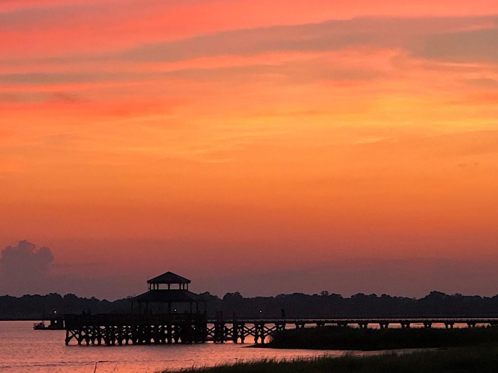 Sunset at Brittlebank Park, Charleston by congaree