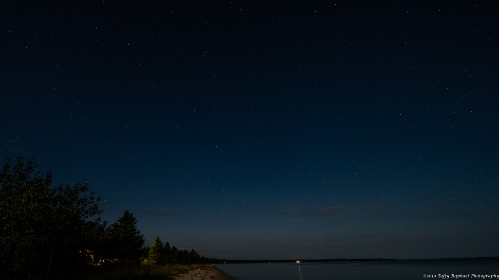 Big Dipper Glows in the Moonlight by taffy