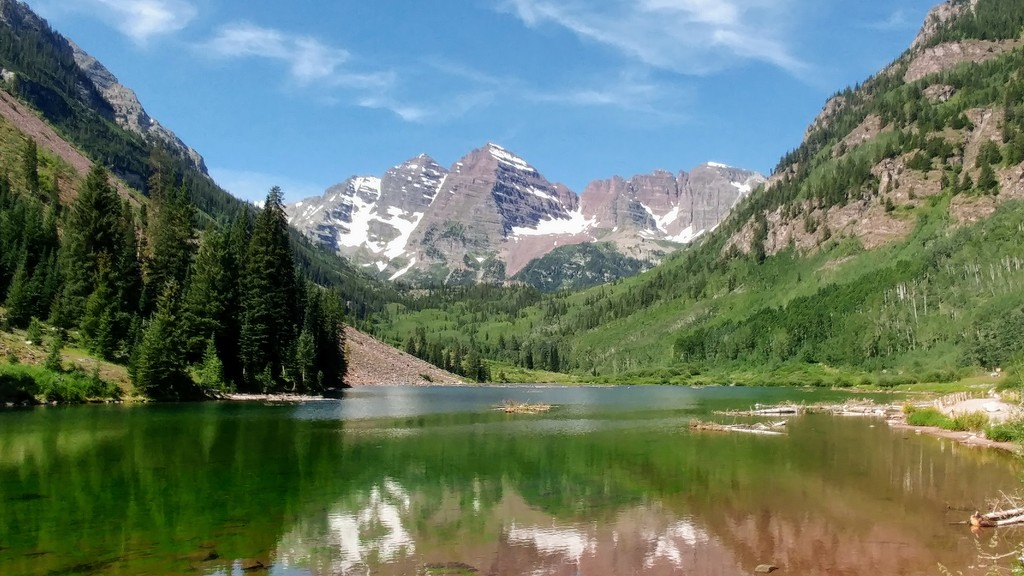 Maroon Lake by harbie