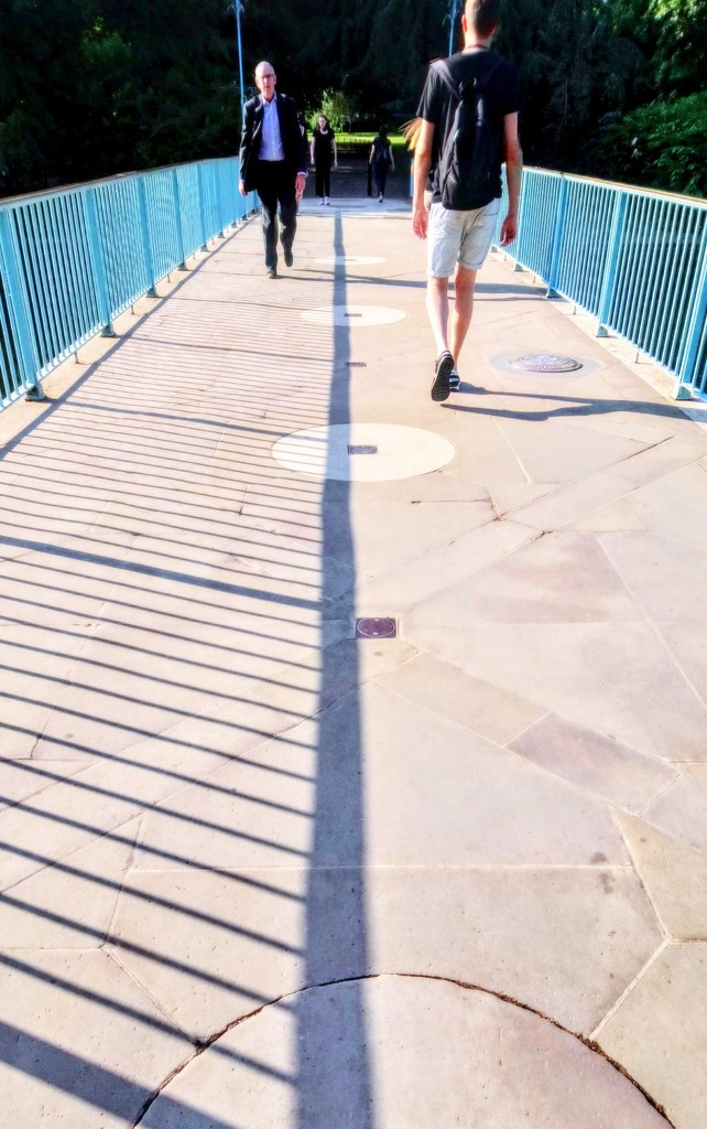 Crossing the bridge by boxplayer