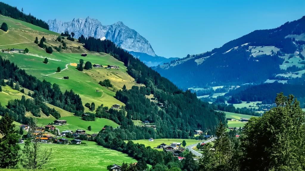 Somewhere in Austria by ludwigsdiana