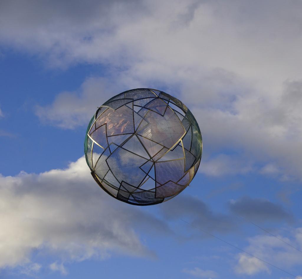 Ball in Space  by fr1da