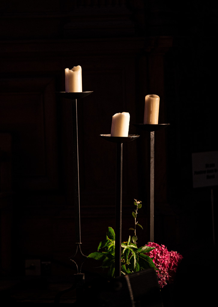 Altar Candles... by vignouse