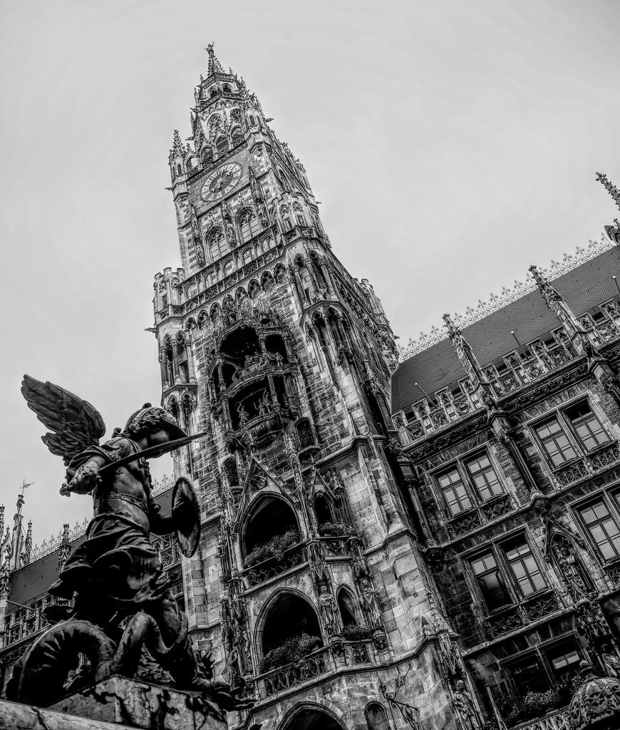 marienplatz by graemestevens