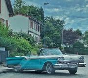 18th Aug 2019 - Blue car.