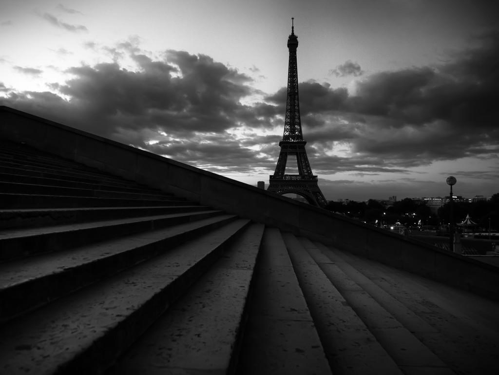 the Eiffel Tower at dawn...   by northy