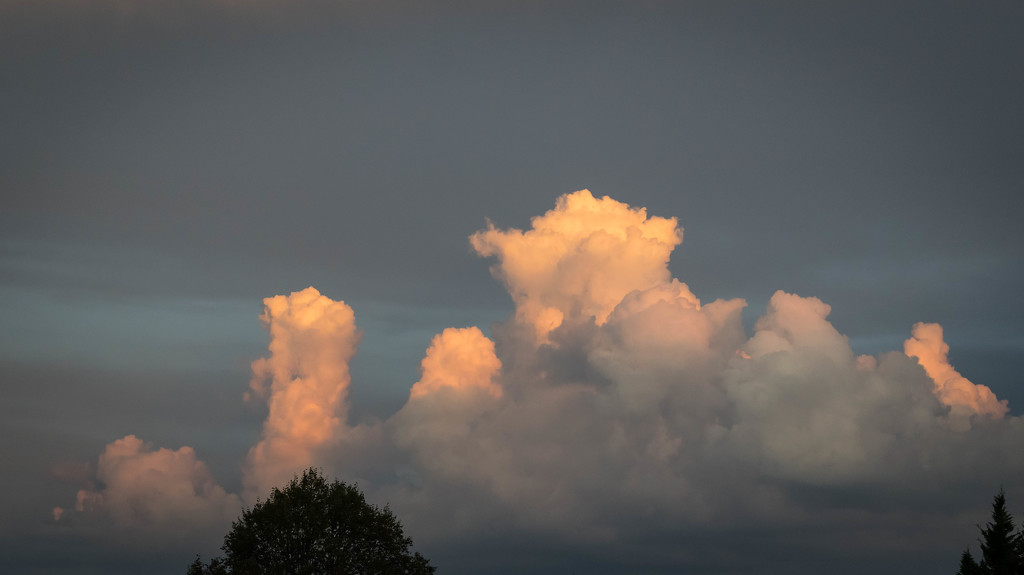 Sunset Cumulus Clouds by marylandgirl58