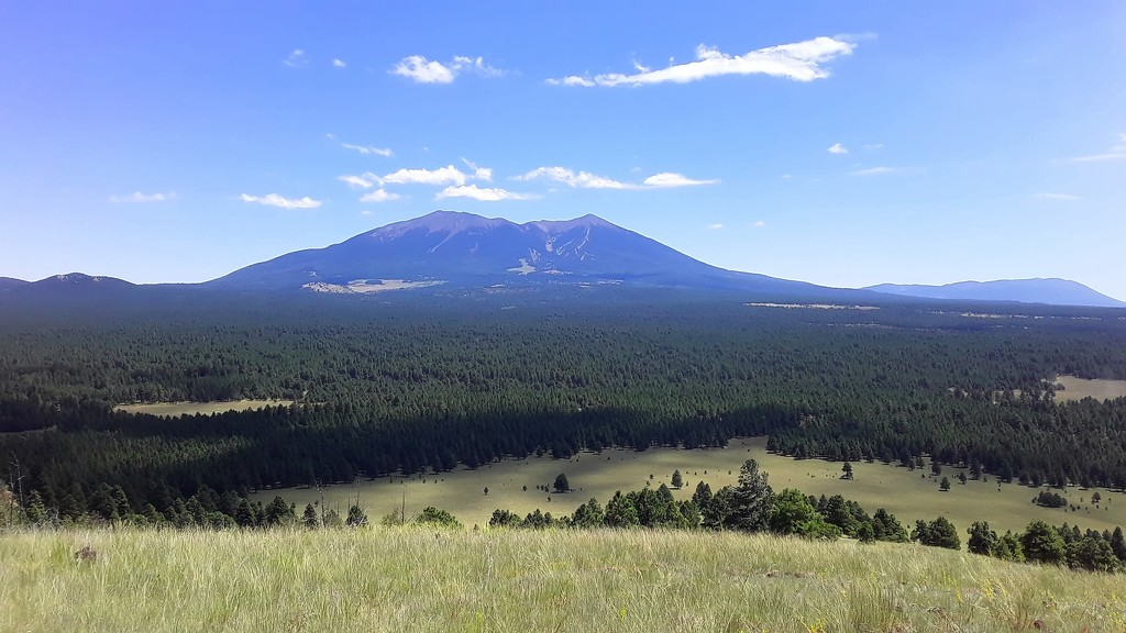 San Francisco Peaks by blueberry1222