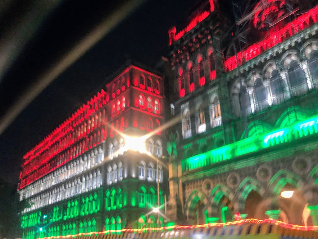 Mumbai lit up for Independence Day by veengupta