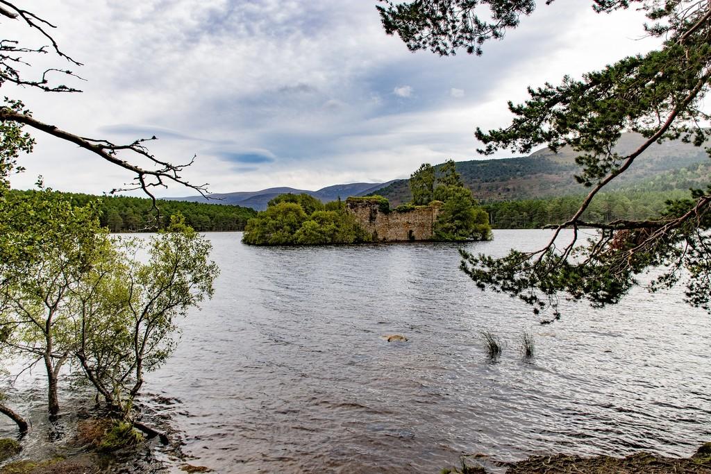 Loch an Eilean by lifeat60degrees
