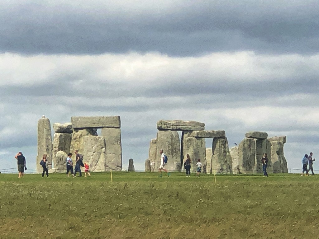 Stonehenge  by cookingkaren