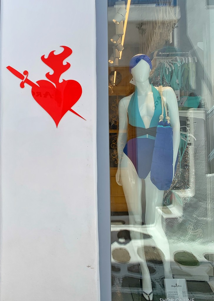 In love with the swim costume.  by cocobella